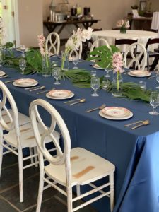 Charming Southern garden weddings on trend and done beautifully at Riverbanks Zoo and Gardens in Columbia, South Carolina.
